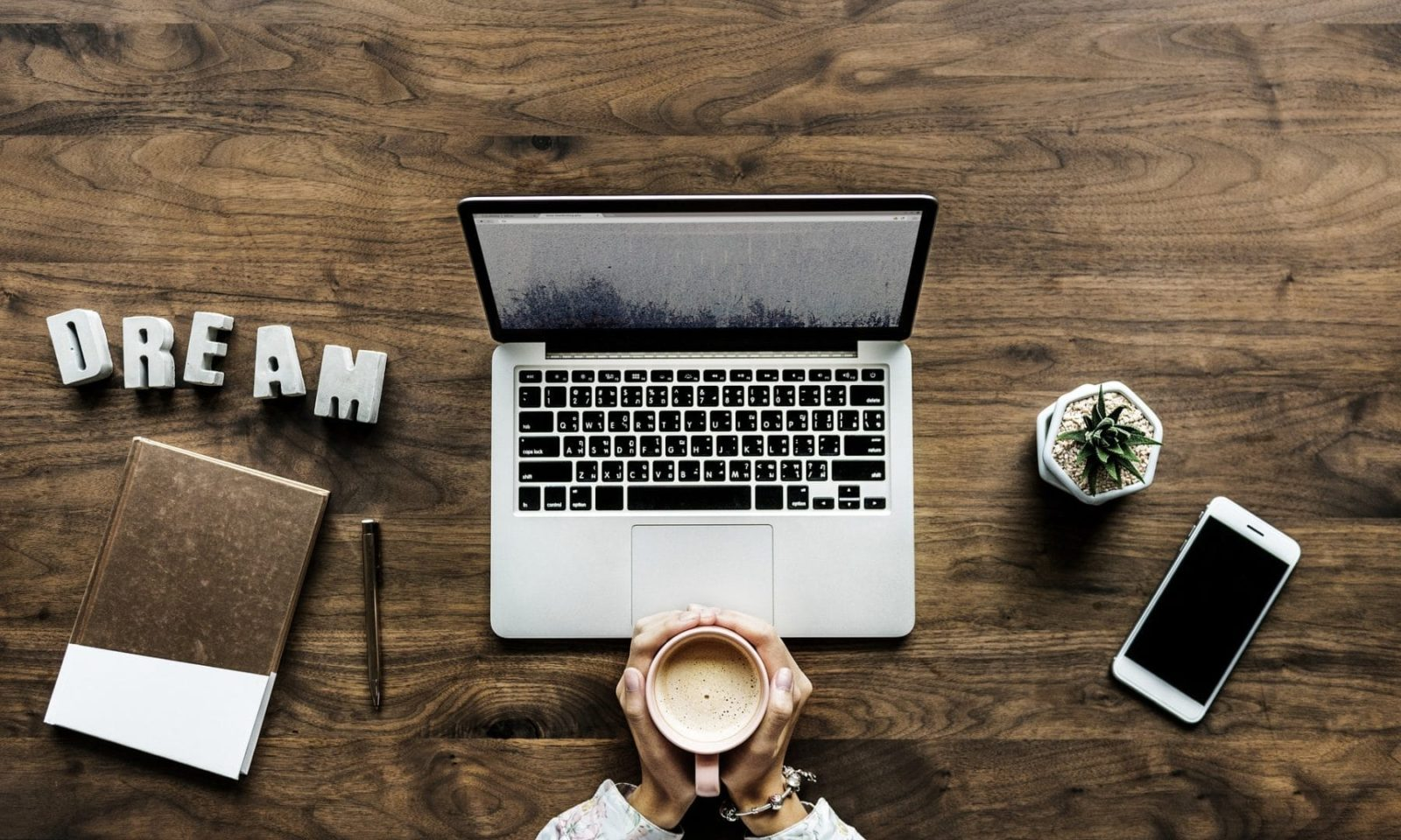 How to Start a Blog | The Ultimate Step-by-Step Guide